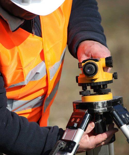 site-surveyor-PGE9HDF
